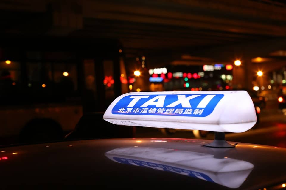 taxi-1000619_960_720