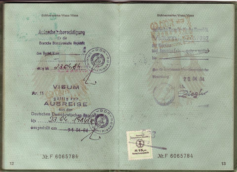 passport-1402632_960_720
