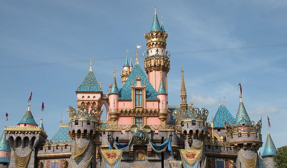 castle-of-the-sleeping-beauty-1173955_960_720